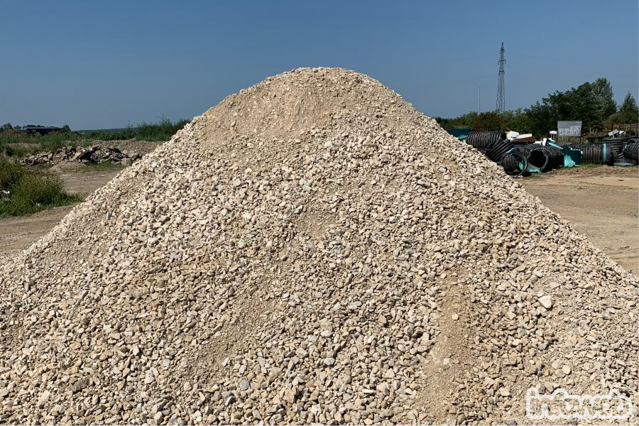 Branitelj_eko_recikliranje_kameni_građevinski_materijal